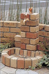石のブロックタイプや西洋風タイプなど、様々なデザインがあります。